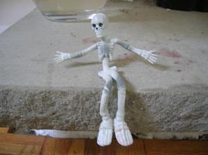 stretchy skeleten hey