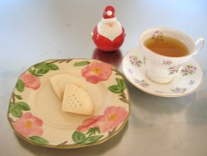 shortbread with tea