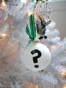 punctuation ornament 2