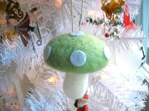 mushroom ornament 1