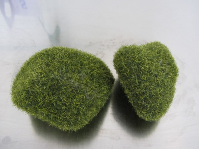fake moss pebbles 2