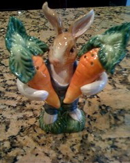 bunny with carrots salt and pepper