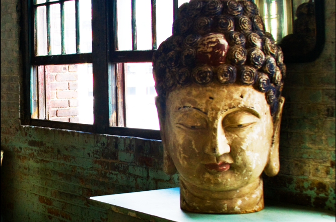 Metropolitan Building Buddha