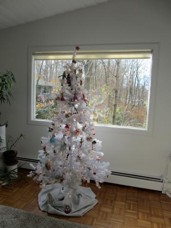 white tree day