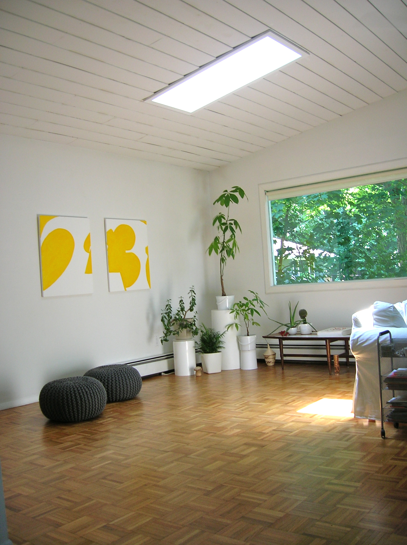 Minimalism no more the home tome for Minimalism before and after