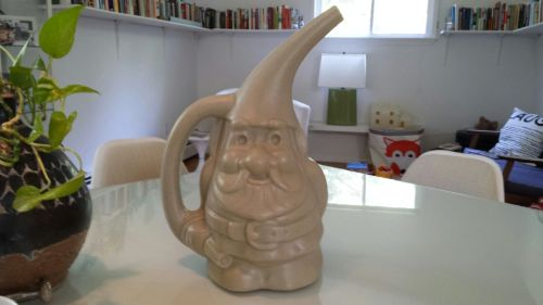 gnome watering can