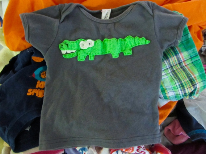 alligator t shirt